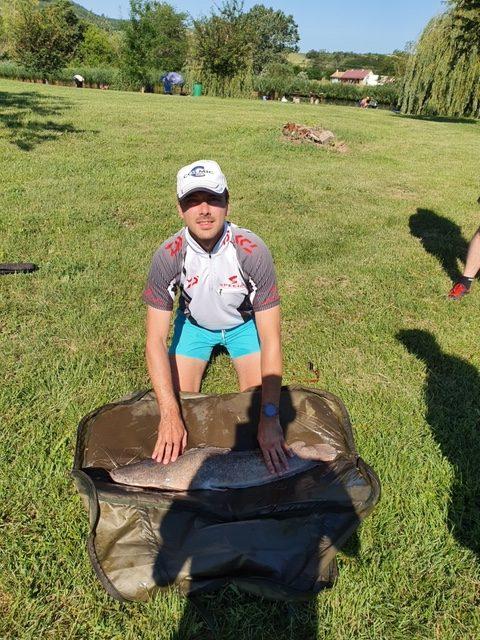 Nyári horgászverseny a Balatonnál